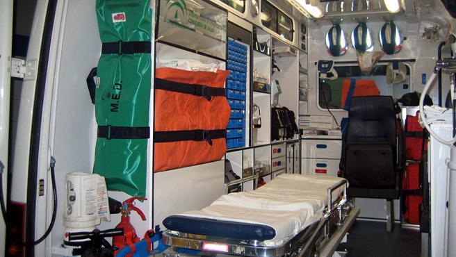 Interior de una ambulancia (Archivo).
