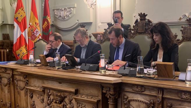 El equipo de Gobierno de Valladolid responde en el Pleno por primera vez a preguntas formuladas por ciudadanos
