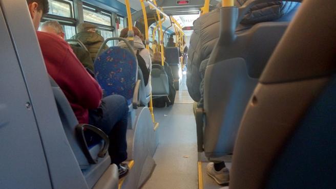 El número de viajeros en autobús urbano en Asturias aumentó un 2,2% en noviembre