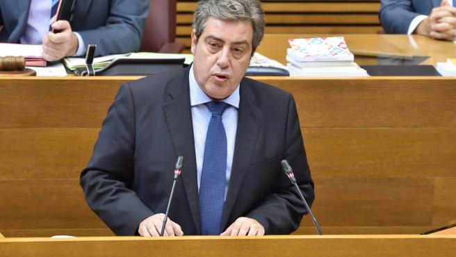 El portaveu adjunt de Vox en Els Corts, José María Plans