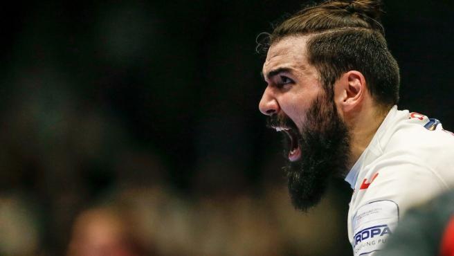 España mantiene el pleno y avanza firme a la 'Main Round'