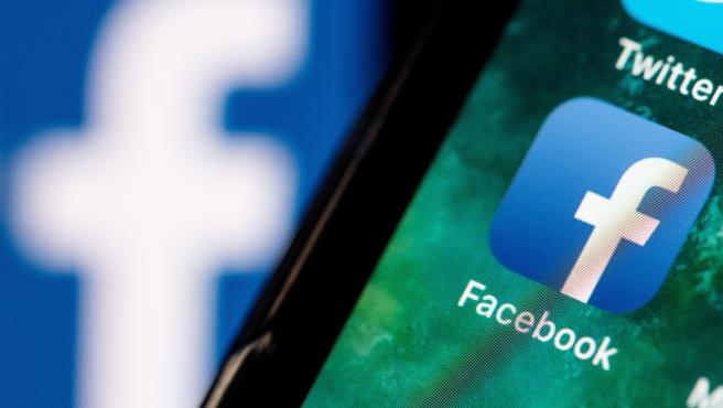 Facebook welcomes ECJ backing for transfer clauses