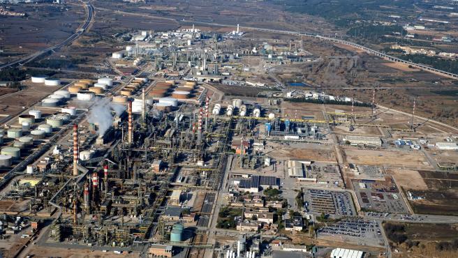 La Generalitat descarta nube tóxica en la explosión de La Canonja (Tarragona)