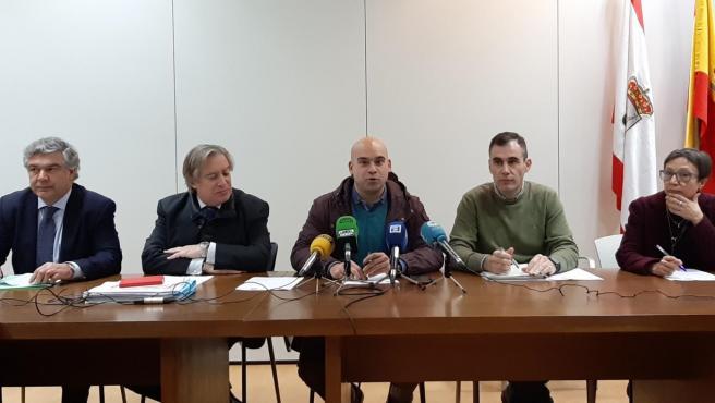 La oposición trata de 'forzar' al Gobierno local a informar sobre cualquier avance o cambio del Plan de Vías