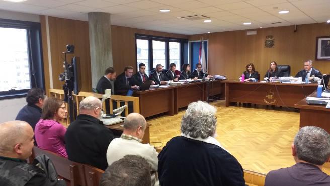 La provisión de tabaco a buques desguazados despertó las sospechas y originó la investigación por contrabando en Marín