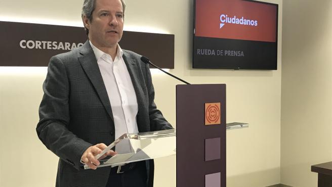 """Pérez Calvo (Cs) propone garantizar una representación """"mínima"""" de las tres provincias aragonesas en las Cortes"""