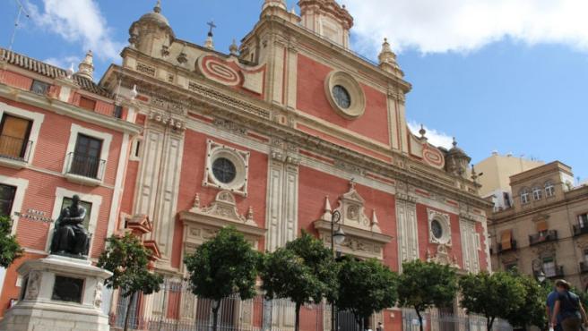Tribunales.-Un juez autoriza a Urbanismo a entrar en un inmueble de Cuesta del Rosario para obras de seguridad