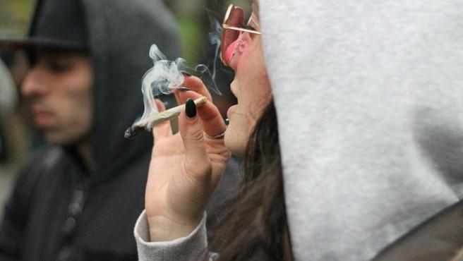 El consumo recreativo de marihuana afecta a la capacidad de conducir incluso cuando se está sobrio
