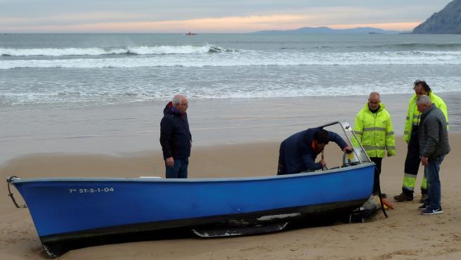 La embarcación en la que iban los dos hombres.