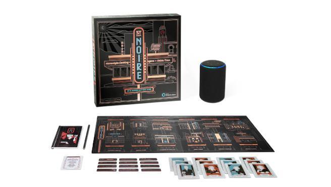 El juego de mesa, junto a Alexa