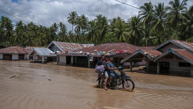 Flash floods in Indonesia
