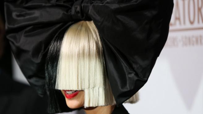 La cantante Sia.