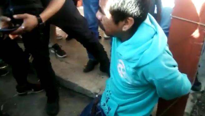Supuesto pedófilo quemado vivo en Chiapas, México.