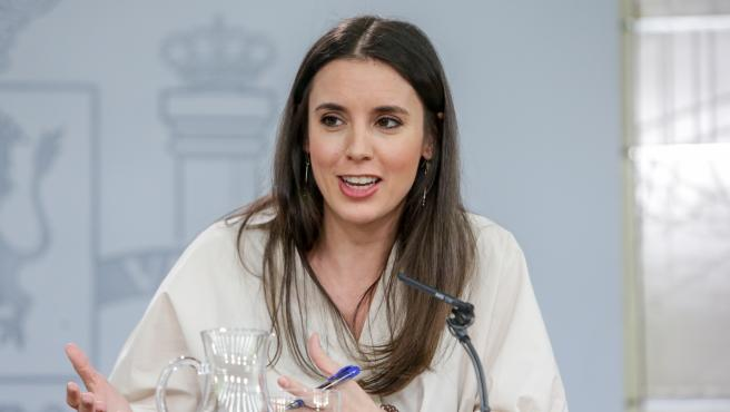 """Irene Montero rectifica y habla de """"Consejo de Ministros y Ministras"""" tras la recomendación de la RAE"""
