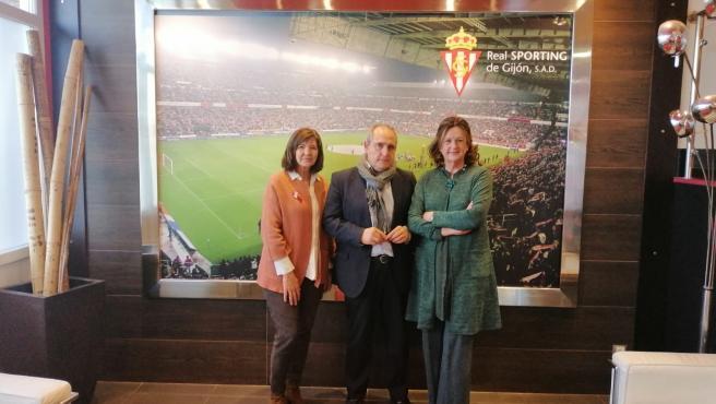 La AECC y la Fundación Escuela de Mareo Real Sporting de Gijón firman un convenio de colaboración