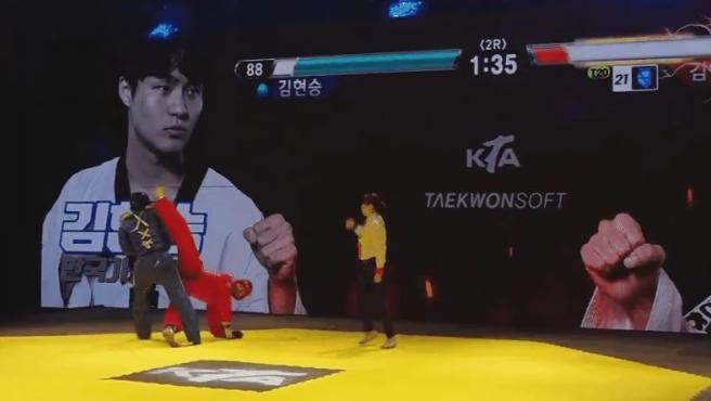 Imagen del taekwondo con sensores que genera barras de energía.
