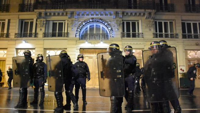 La policía francesa consigue detener la acción.
