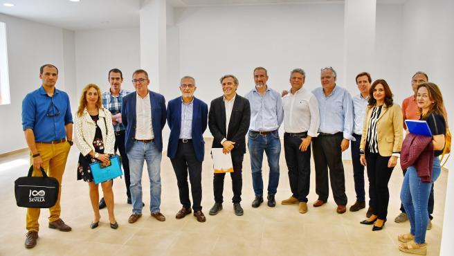Ayuntamiento licita las obras de tres locales comerciales de Emvisesa para proyectos de emprendedores