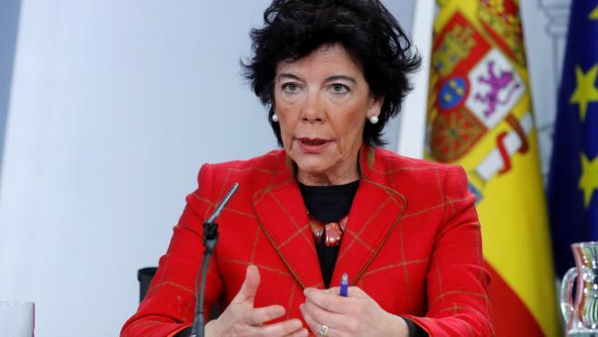 Isabel Celaá en una rueda de prensa.