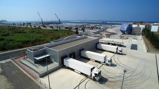 El Puerto de Motril estudia la ampliación de las instalaciones del Punto de Inspección Fronteriza