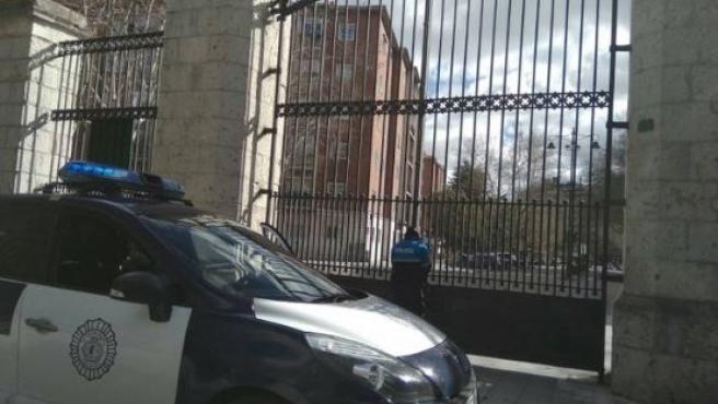 Las fuertes rachas de viento obligan a cerrar el Campo Grande de Valladolid