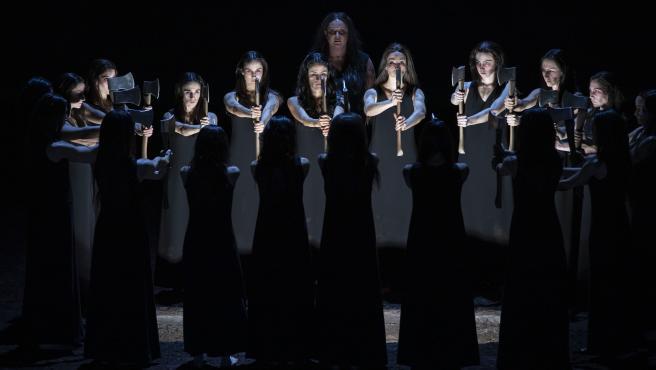 Las tinieblas de 'Elektra' toman el escenario de Les Arts para explorar el dolor, la venganza y la muerte