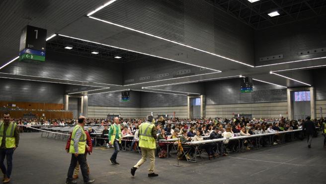 Miles de aspirantes se examinan en BEC para optar a una de las plazas de Correos, de las que 22 corresponden a La Rioja