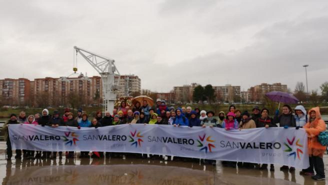 Unos 60 senderistas completan las '4 leguas del Gállego' que unen la capital aragonesa y la USJ