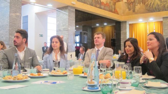 El embajador de Reino Unido en España, Hugh Elliot, en un foro informativo de la 'Cadena Ser'