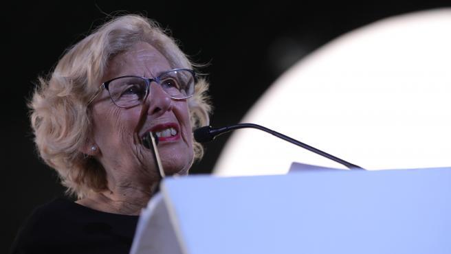 La exalcaldesa de Madrid, Manuela Carmena, durante el acto de clausura de la campaña electoral de Más Pais en Madrid (España), a 8 de noviembre de 2019