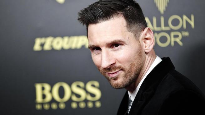 El jugador argentino Leo Messi tiene tres hijos: Thiago, Ciro y Mateo, fruto de su relación con Antonella Roccuzzo, con la que se casó en 2017.