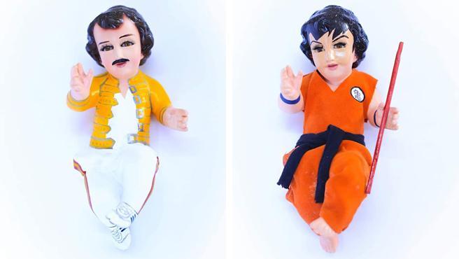 Figuras del niño Jesús personalizadas como Freddie Mercury y Goku.