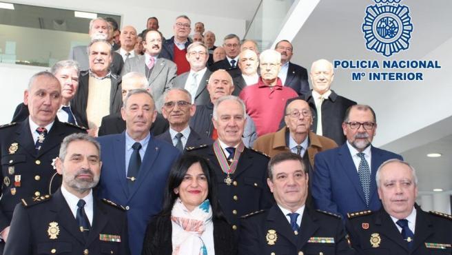 Imagen de las autoridades presentes en el 196 Aniversario de la Policía Nacional