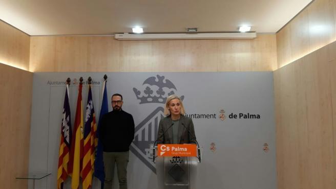 La portavoz de Ciudadanos (Cs) Palma, Eva Pomar, en rueda de prensa