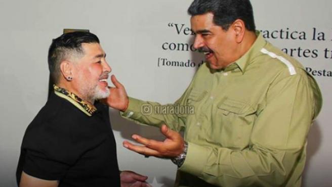 Maradona, junto al presidente de Venezuela, Nicolás Maduro.