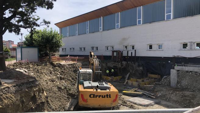 Obras ampliación piscina complejo deportivo Ruth Beitia