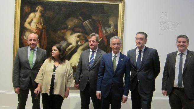 Responsables del museo Bellas Artes, Gobierno Vasco y Fundación Ibredrola en la pinacoteca