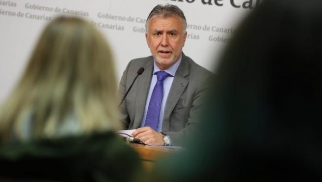 El presidente de Canarias, Ángel Víctor Torres, en rueda de prensa
