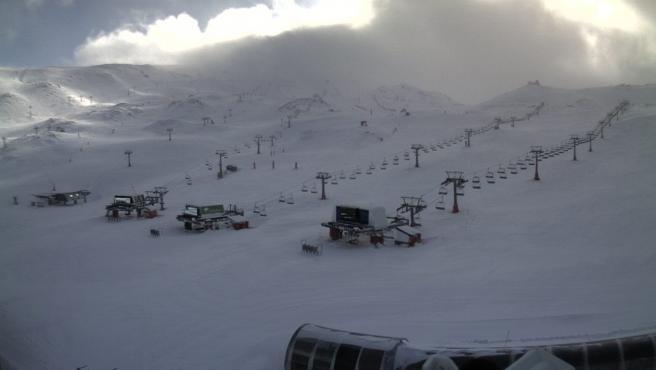 Imagen de la zona de Borreguiles de la estación de esquí de Sierra Nevada