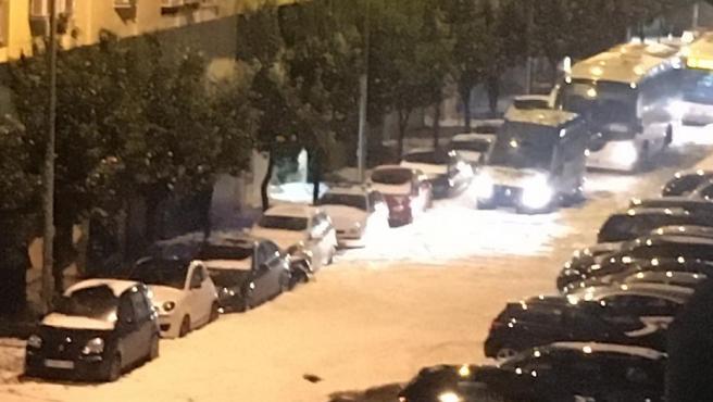 Imagen de una calle de Málaga afectada por las fuertes lluvias