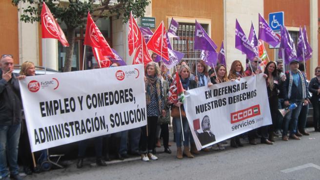 Las trabajadoras de comedores ratifican el acuerdo que ...