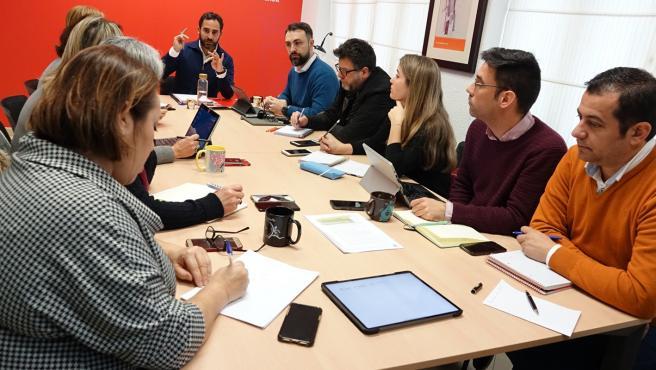 Reunión del Grupo Municipal Socialista en el Ayuntamiento.