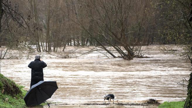 Girona (Gironés) 22.01.2020. Temporal Gloria. Desbordamiento del rio Ter. Foto de Glòria Sánchez