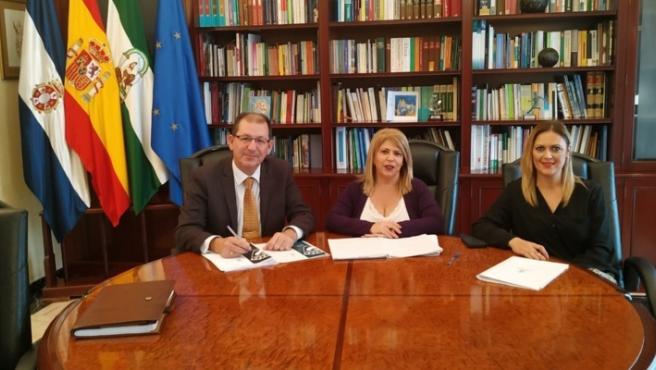 Reunión entre los alcaldes de El Cuervo y Jerez