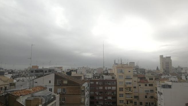 Cielo de València este sábado, 25 de enero