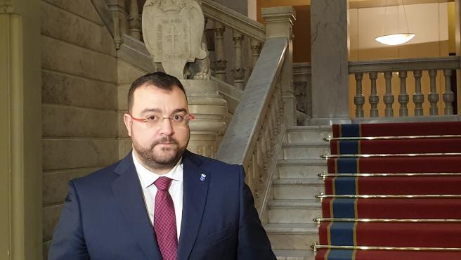 El presidente del Gobierno del Principado de Asturias, el socialista Adrián Barbón
