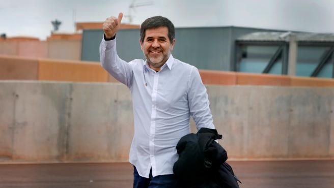 Jordi Sánchez sale de prisión en su primer permiso.