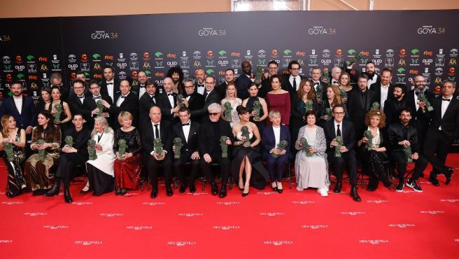 Foto de familia de todos los premiados de la XXXIV edición de los Premios Goya, en Málaga