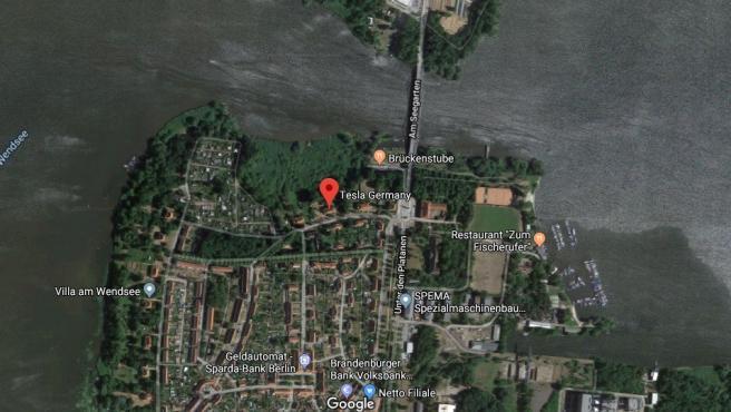 Imagen satelital de la zona donde Tesla planea instalarse en Brandenburgo, Alemania.