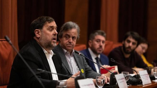 El exvicepresidente de la Generalitat, Oriol Junqueras, durante su intervención en la comisión del 155 en el Parlament